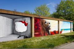 Nasim Naji, Streetart-BS, Mural (Wandgemälde/ Graffiti) an der Elbestraße in Braunschweig (Deutschland). 2021, Technik Sprühdose und Fassadenfarbe, Blick von links