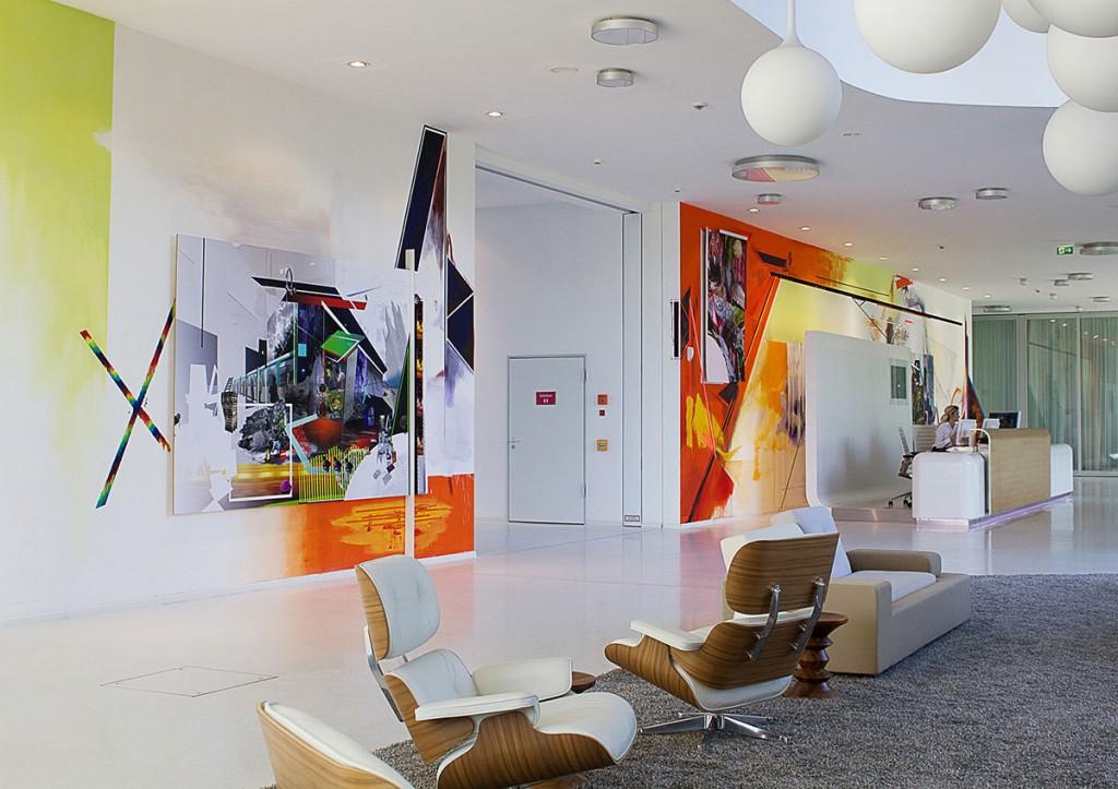 Wandgestaltung von Nasim Naji im Foyer der HSE (ENTEGA AG)